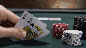 Cara Meningkatkan Peluang Anda Menang di Blackjack